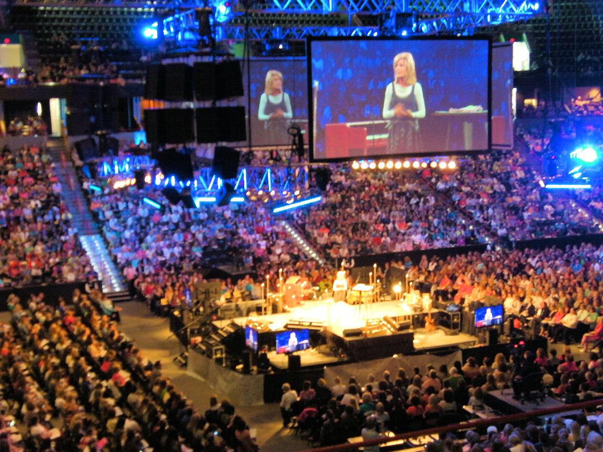Beth Moore speaking at the Spokane Arena in 2014